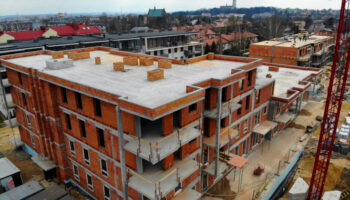 Budowa, jako Generalny Wykonawca, bloków w Częstochowie - Cognor #03 » Prace realizowane przez TRANSWOJ-BIS Sp. z o.o. » TRANSWOJ-BIS » Usługi budowlane - Generalny Wykonawca Inwestycji - Wynajem zwyżek Częstochowa - Budowa domów